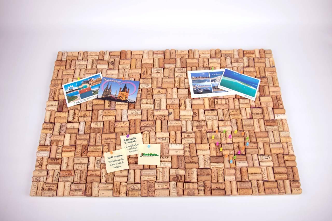 Diy Anleitung Pinnwand Aus Gebrauchten Korken Bauen Kork