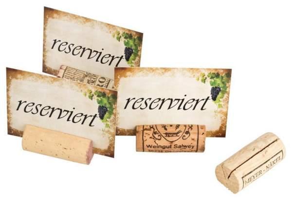 Reserviert -Schilder für Tische / Tischreservierung im Restaurant